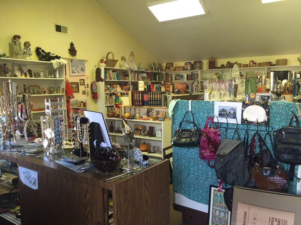 Angels' Attic Thrift Shop: 967 5th St, Novato, CA