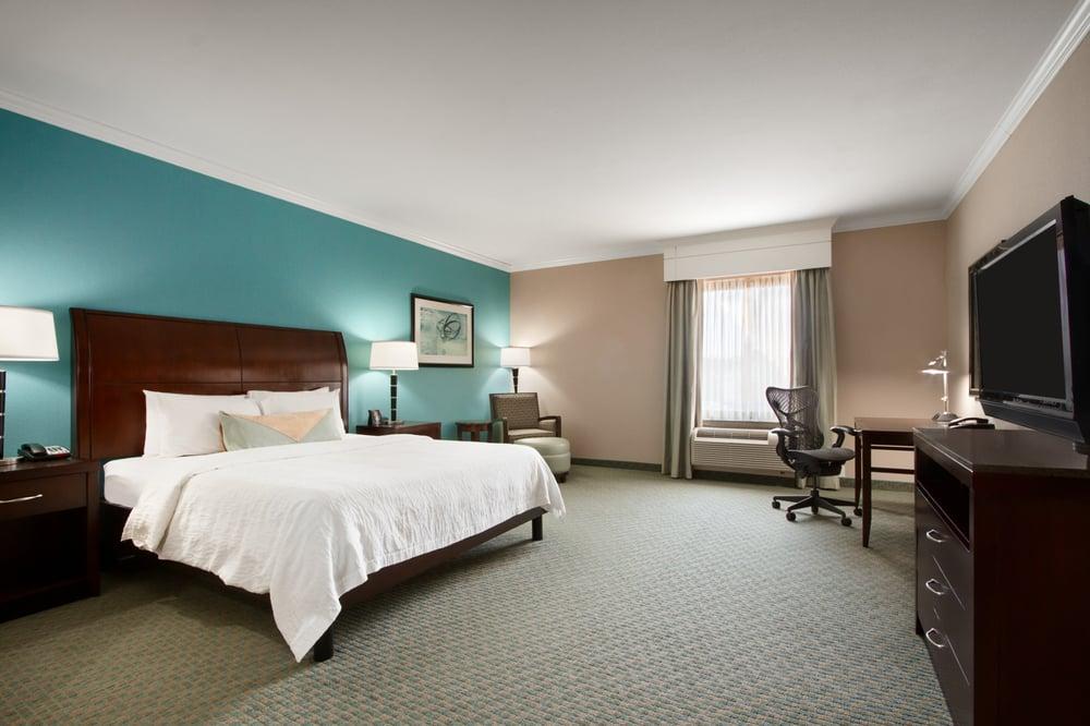 Hilton Garden Inn - Tyler: 220 E Grande Blvd, Tyler, TX