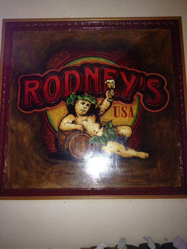 Rodney's Tavern: 6 S Minnesota St, New Ulm, MN