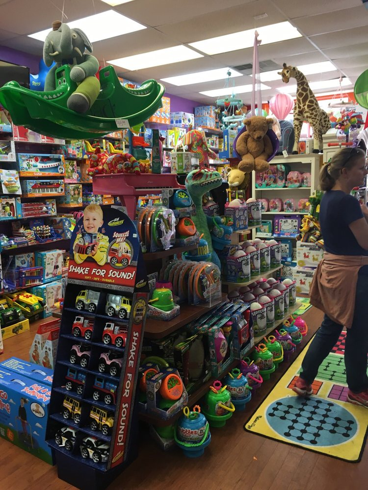 Be Beep A Toy Shop: 4525 Forest Dr, Columbia, SC