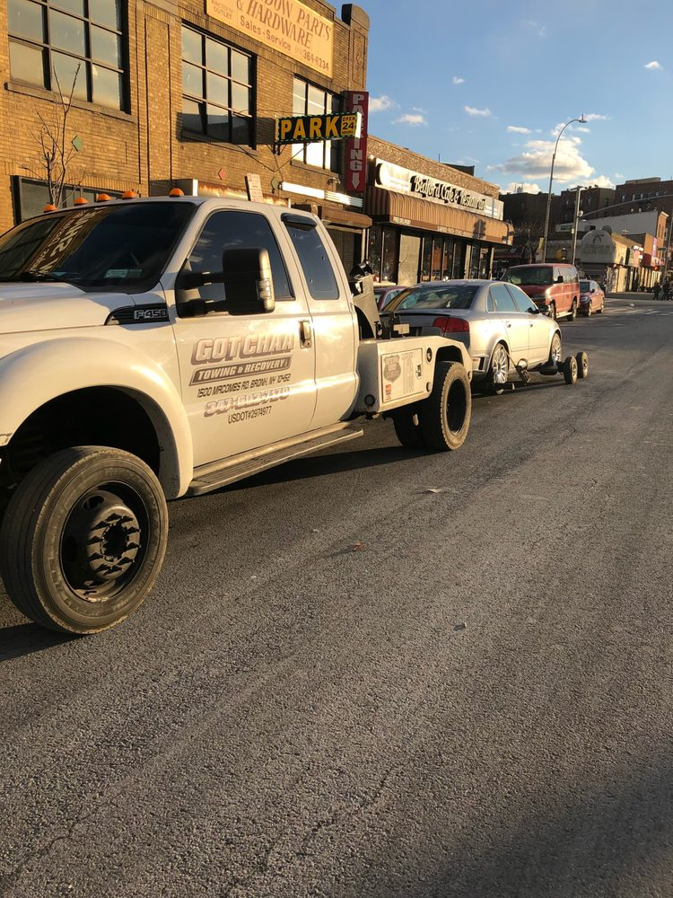 Got Chaa Towing & Recovery Inc: 1960 Belmont Ave, Bronx, NY