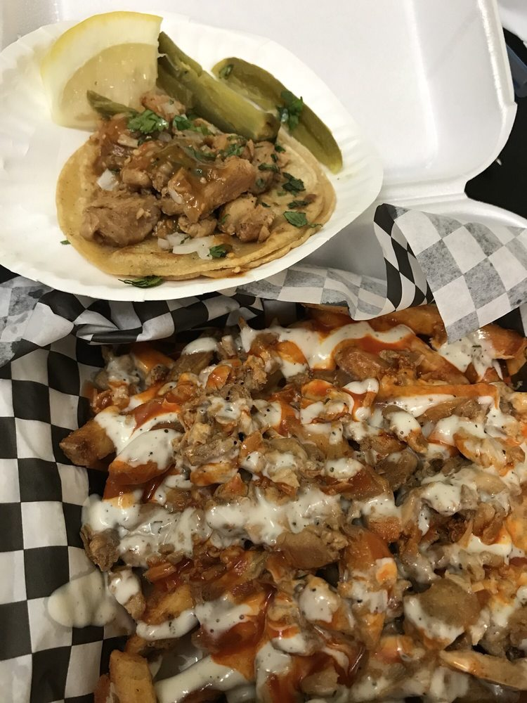 Food from Javi's Tacos