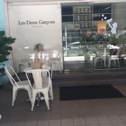 Photos for les deux garcons yelp for Garcons restaurant singapore