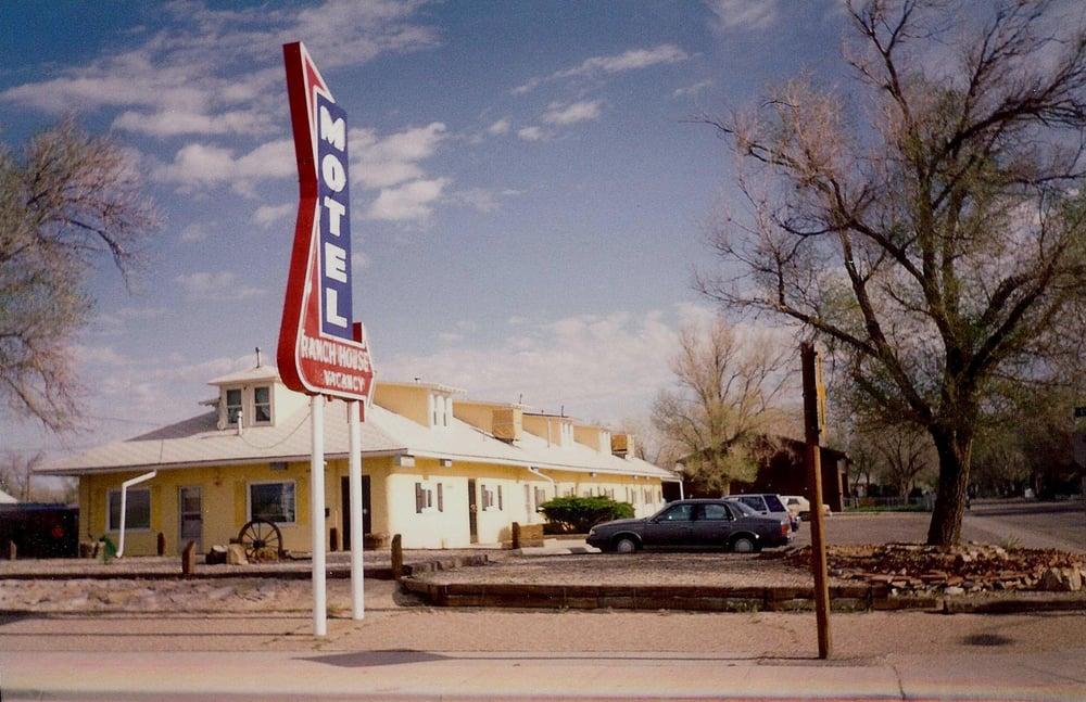 Ranch House Motel: 1130 E F St, Casper, WY