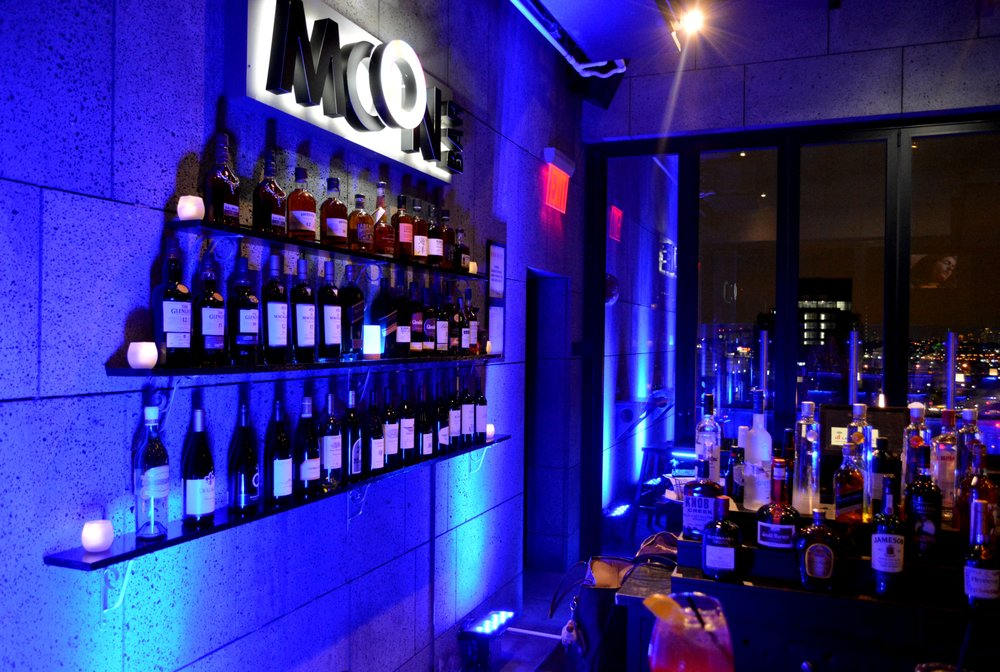 MOON BAR Rooftop: 137-72 Northern Blvd, Flushing, NY