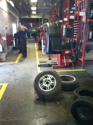 Discount Tire 901 N West Ave Jackson Mi Tire Dealers Mapquest