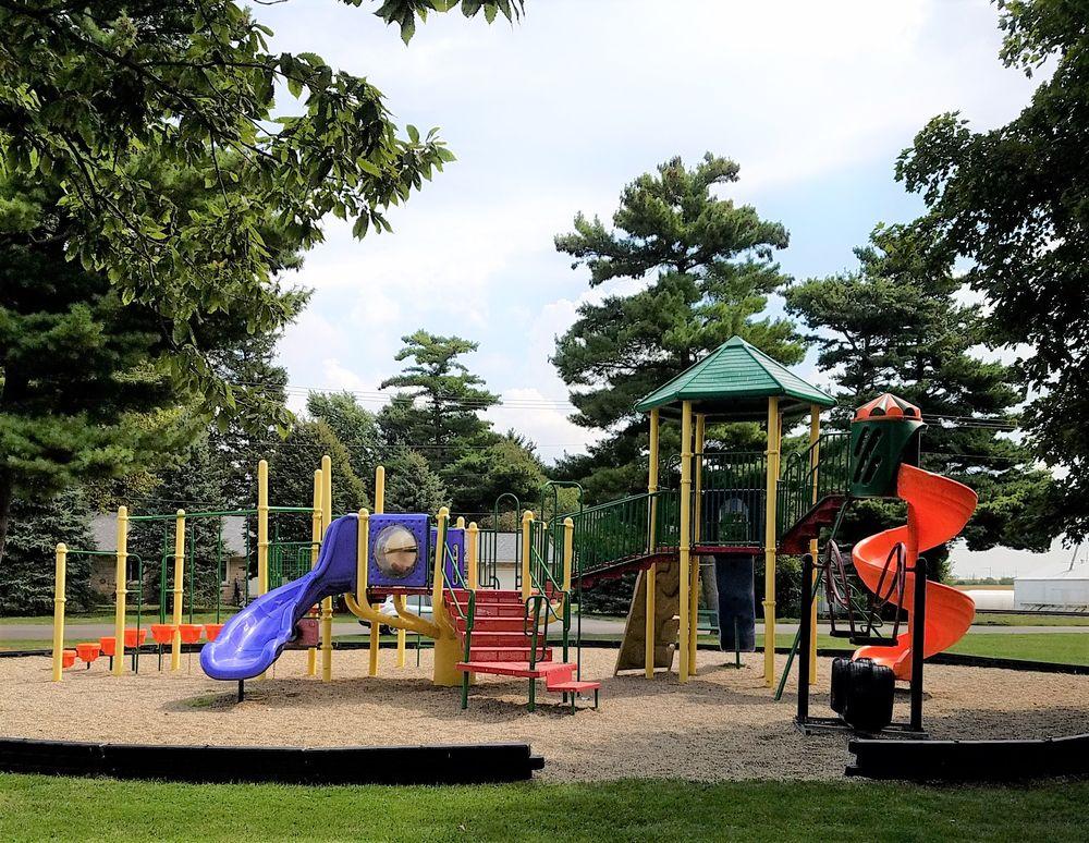 Foster Park: 110 S Benton St, Goodland, IN