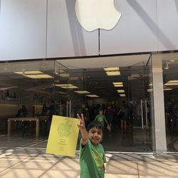 Apple Store 22 Photos Amp 109 Reviews Mobile Phones