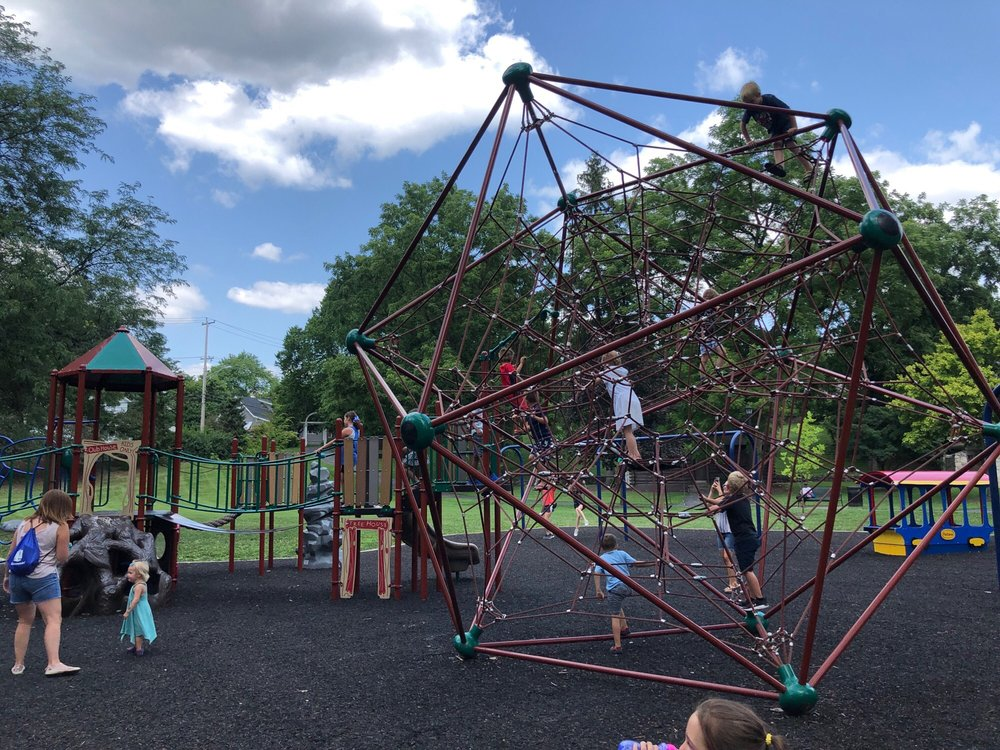 Alum Creek Park North: 221 W Main St, Westerville, OH