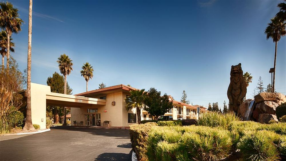 Best Western Inn 110 Photos 93 Reviews Hotels 6500 Redwood Dr Rohnert Park Ca Phone Number Last Updated December 16 2018 Yelp