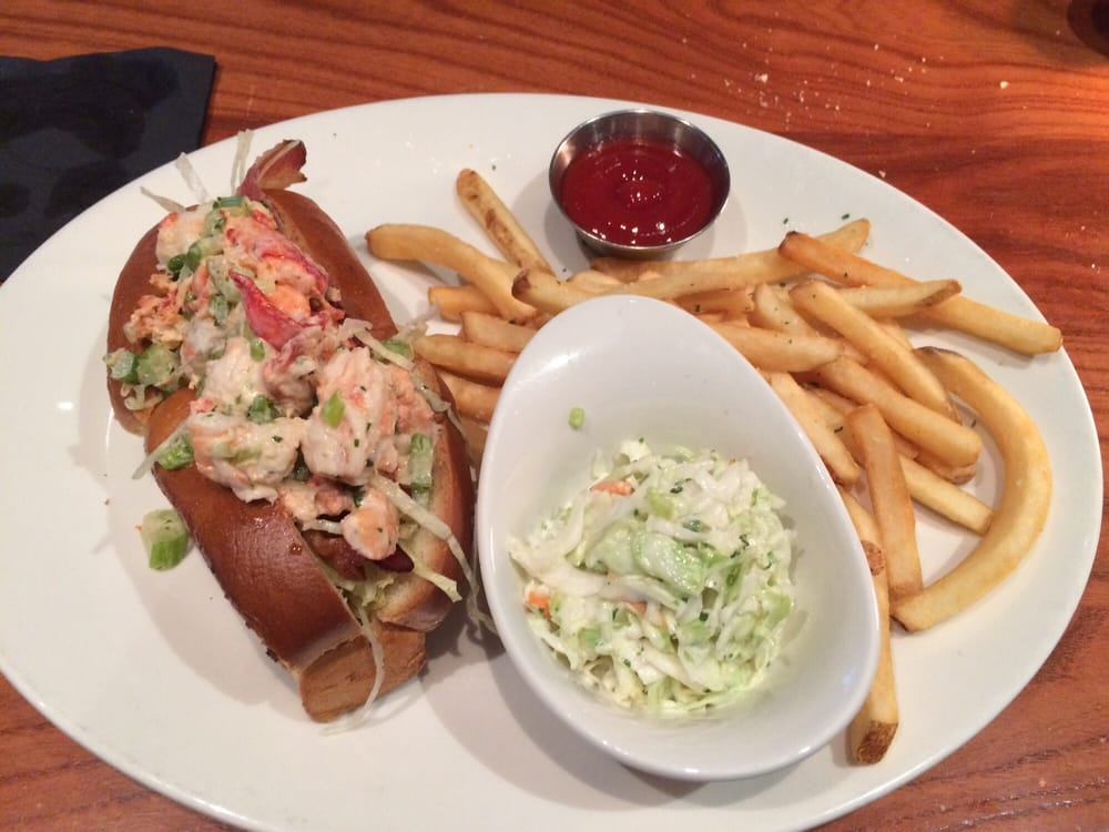 Lobster and shrimp roll blt yelp for Mitchells fish market lansing