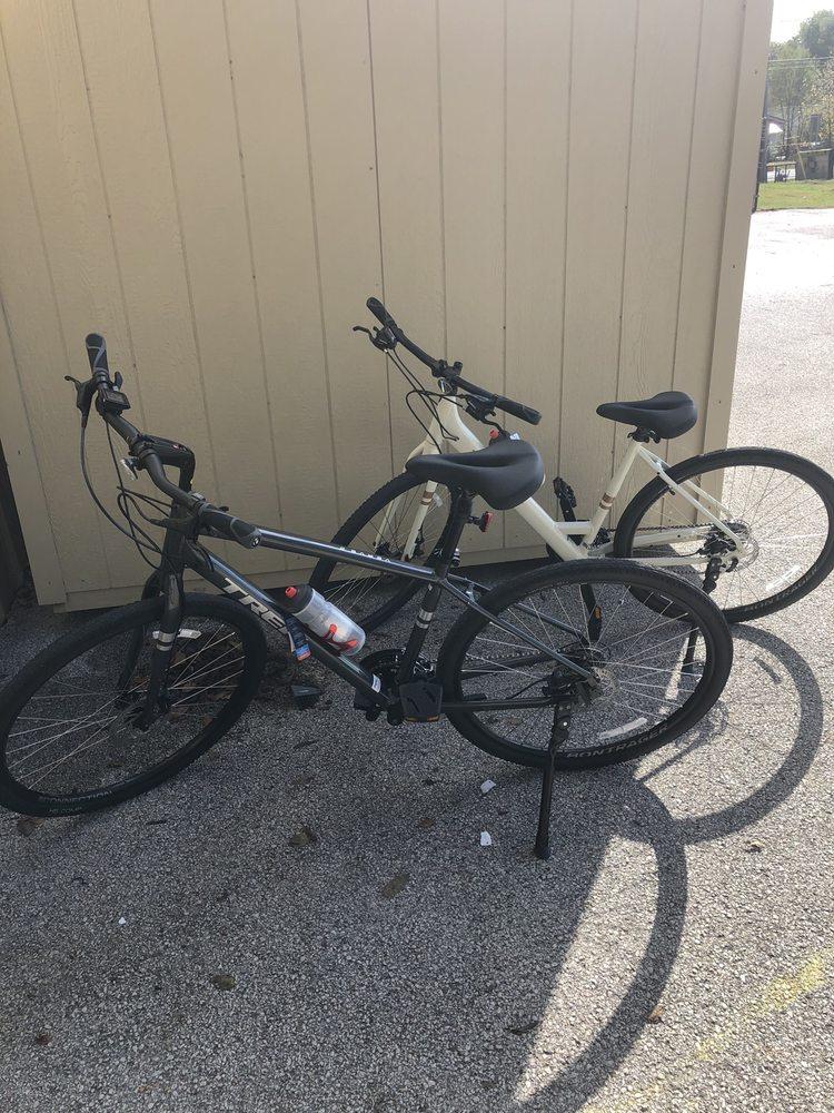 Downhill Bikes & Accessories: 116C Flynn Rd, Branson, MO
