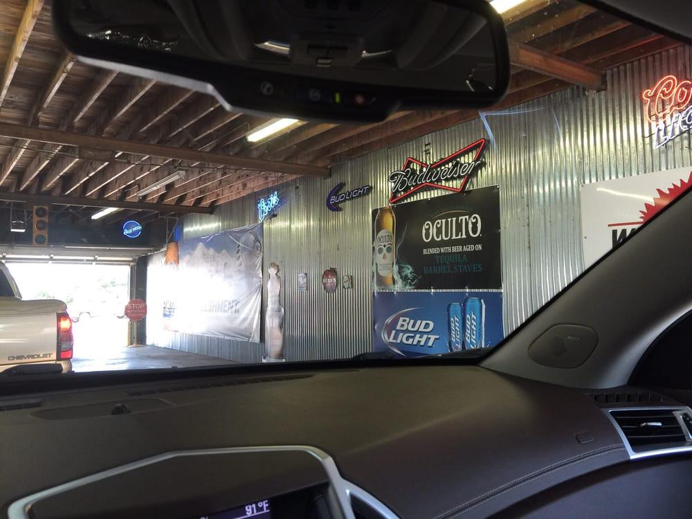 Tunnel: 821 E Broadway St, Altus, OK