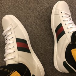 067c3683946 Gucci - Forum Shops At Caesar s Palace - 10 Photos   27 Reviews - Leather  Goods - Jay Sarno Way