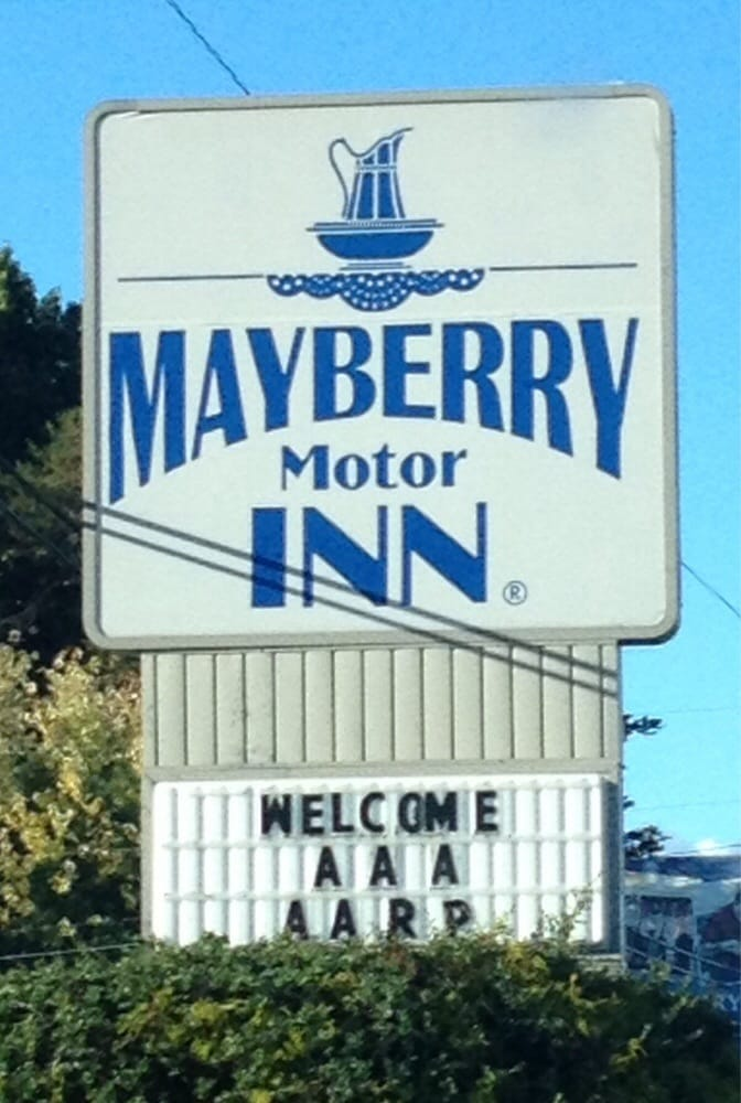 Sign at the entrance yelp for Mayberry motor inn mt airy nc