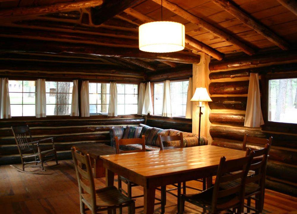 Corkins Lodge: 750 Hwy 512, Chama, NM