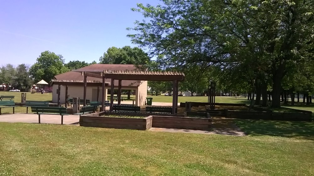 Spencer Ball Park: 1461 8th Ave, Terre Haute, IN