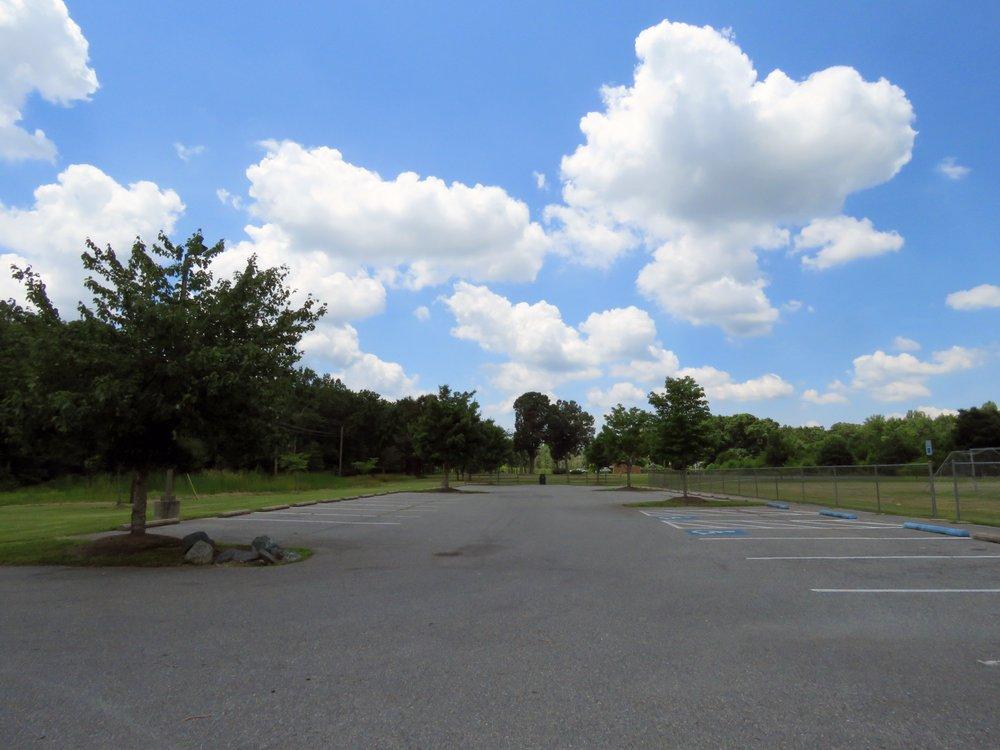 Accokeek East Community Park: 3606 Accokeek Rd, Waldorf, MD