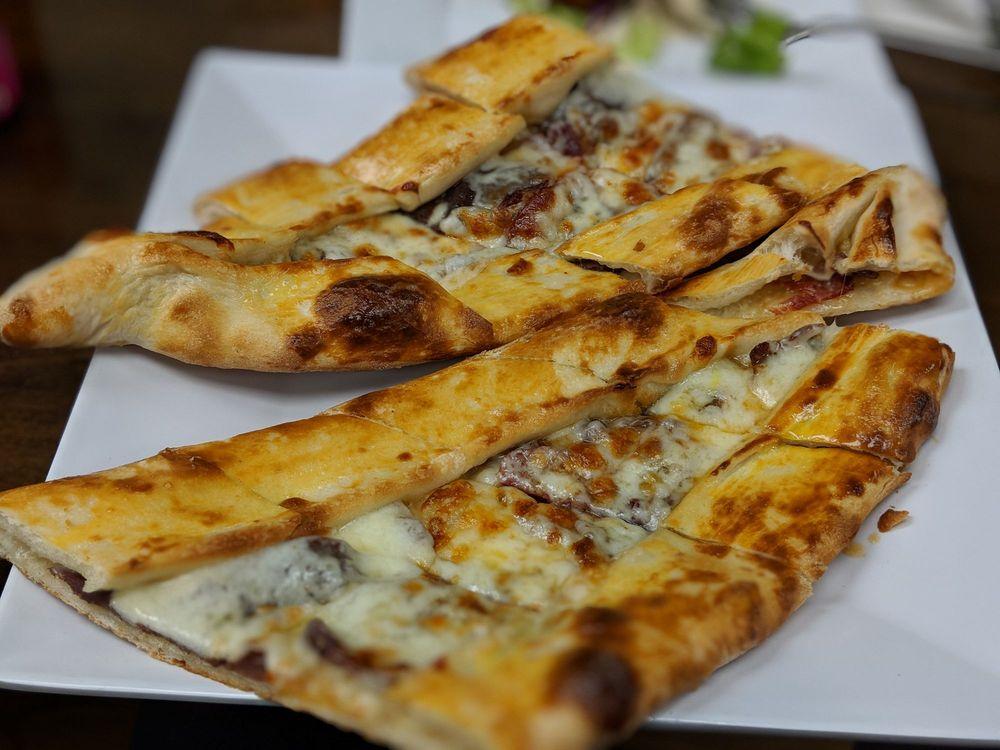 Turkuaz Mediterranean Gourmet: 493 Hempstead Tpke, West Hempstead, NY
