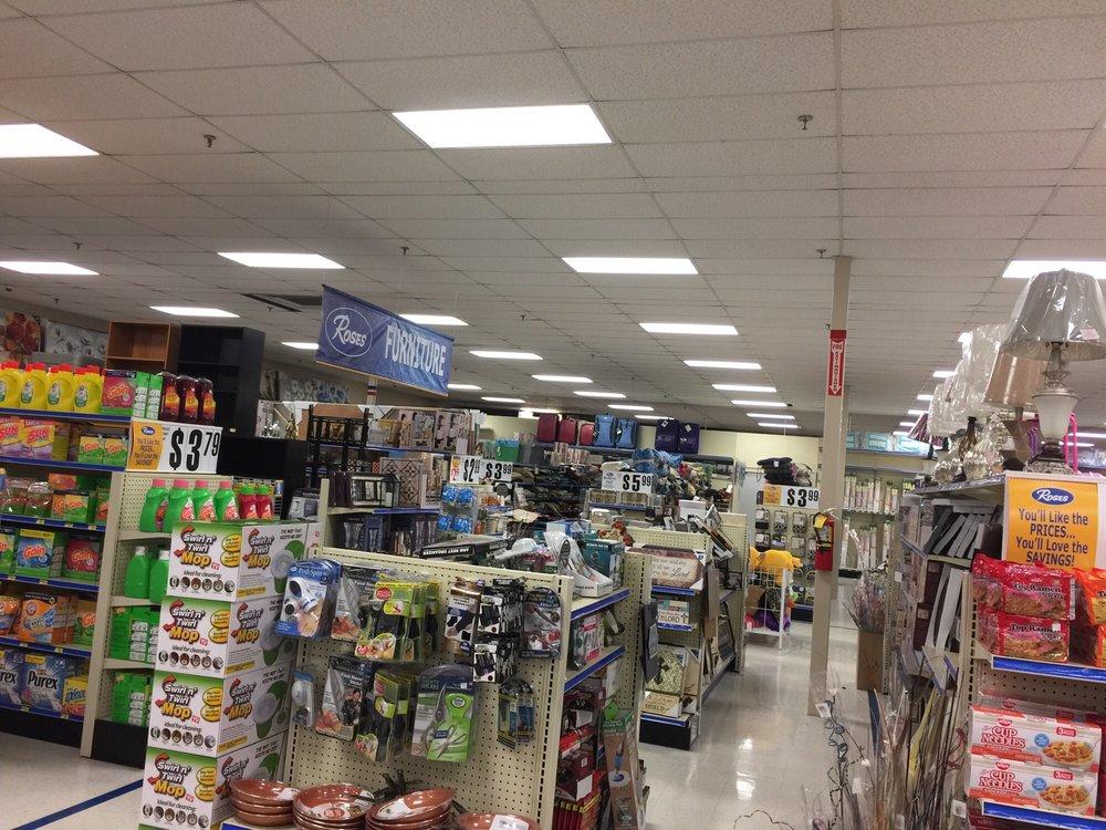 Roses Store 361: 1301 Main St, Altavista, VA