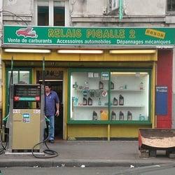 Relais pigalle 2 gas stations 13 bd de clichy pigalle for Garage auto clichy