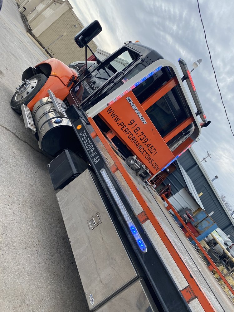 Towing business in Claremore, OK