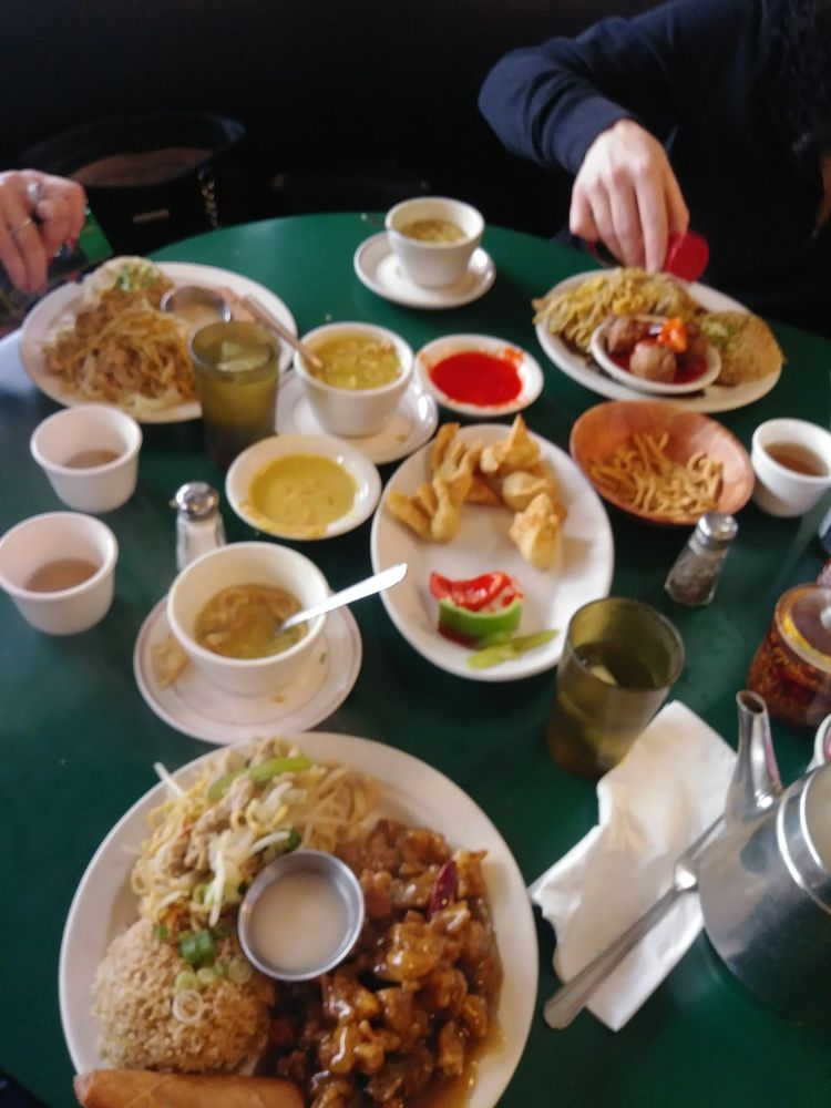 Little Dragon Chinese Restaurant: 178 E Highland Ave, San Bernardino, CA