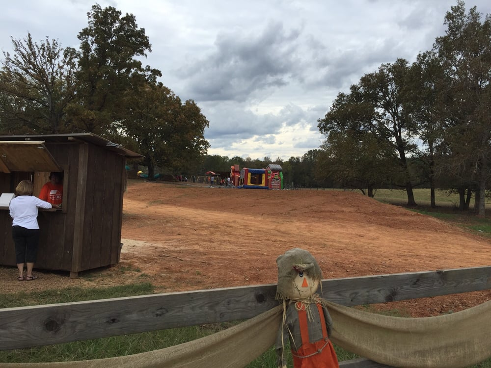 Dream Field Farms and Pumpkin Patch