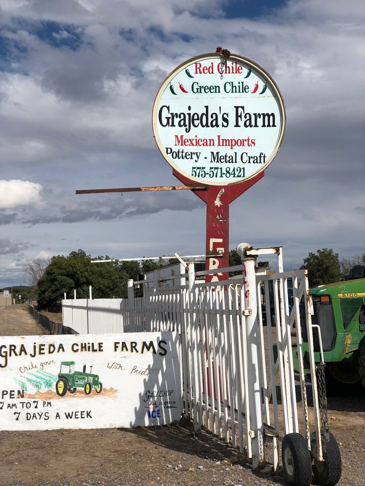 Grajeda Hatch Chile Market: 221 N Franklin St, Hatch, NM