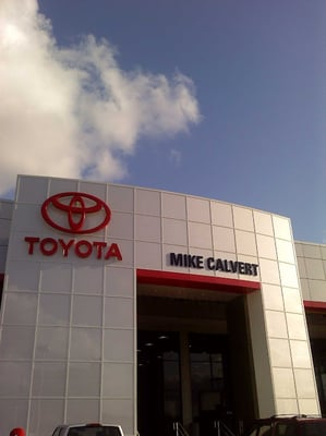 Toyota Dealers Near Me >> Mike Calvert Toyota - 58 Reviews - Car Dealers - South ...