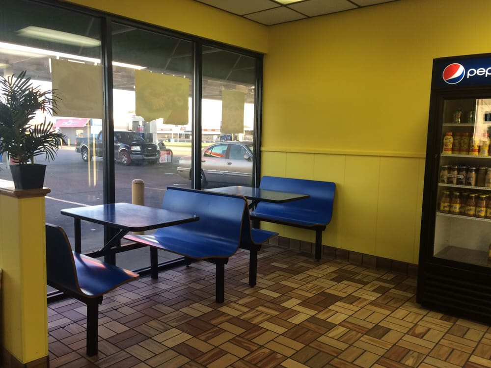Daylight Donuts: 664 N Sebastian, West Helena, AR