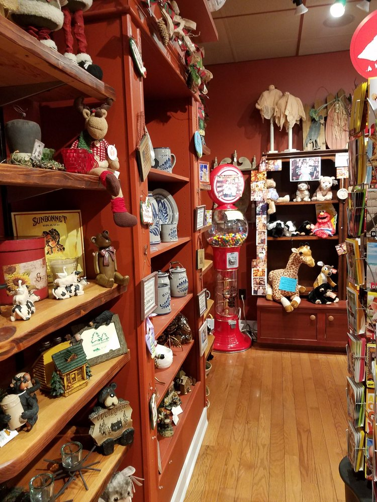 Penny Lane Candies & Candles: 602 Church St, Hawley, PA