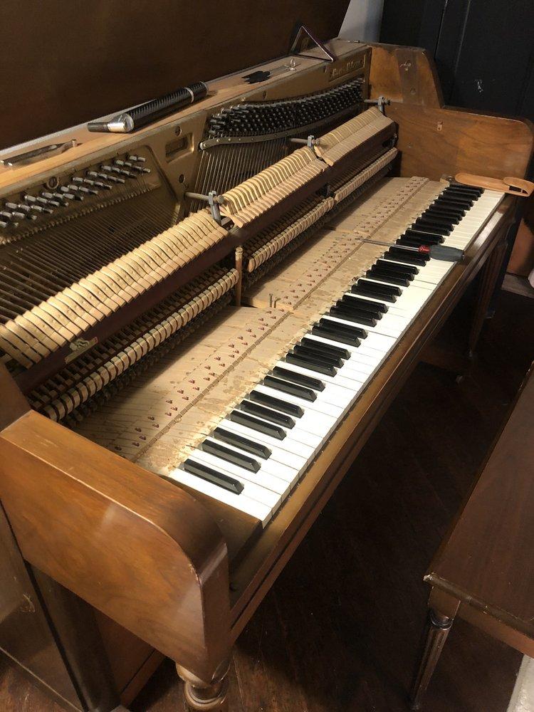 Chapman John G Piano Tuner- Technician: 42 Village Square Dr, Marietta, PA