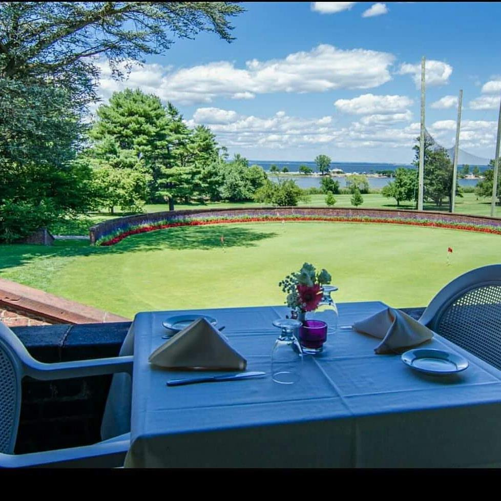 The View Grill: 111 Lattingtown Rd, Glen Cove, NY