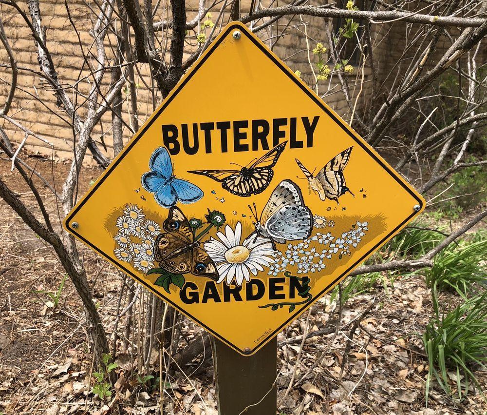 Dillon Nature Center: 3002 E 30th Ave, Hutchinson, KS