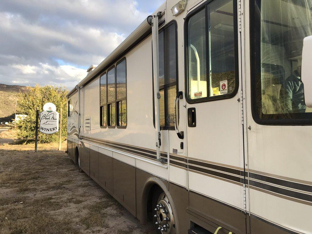Black Mesa Winery: 1502 State Rd 68, Velarde, NM