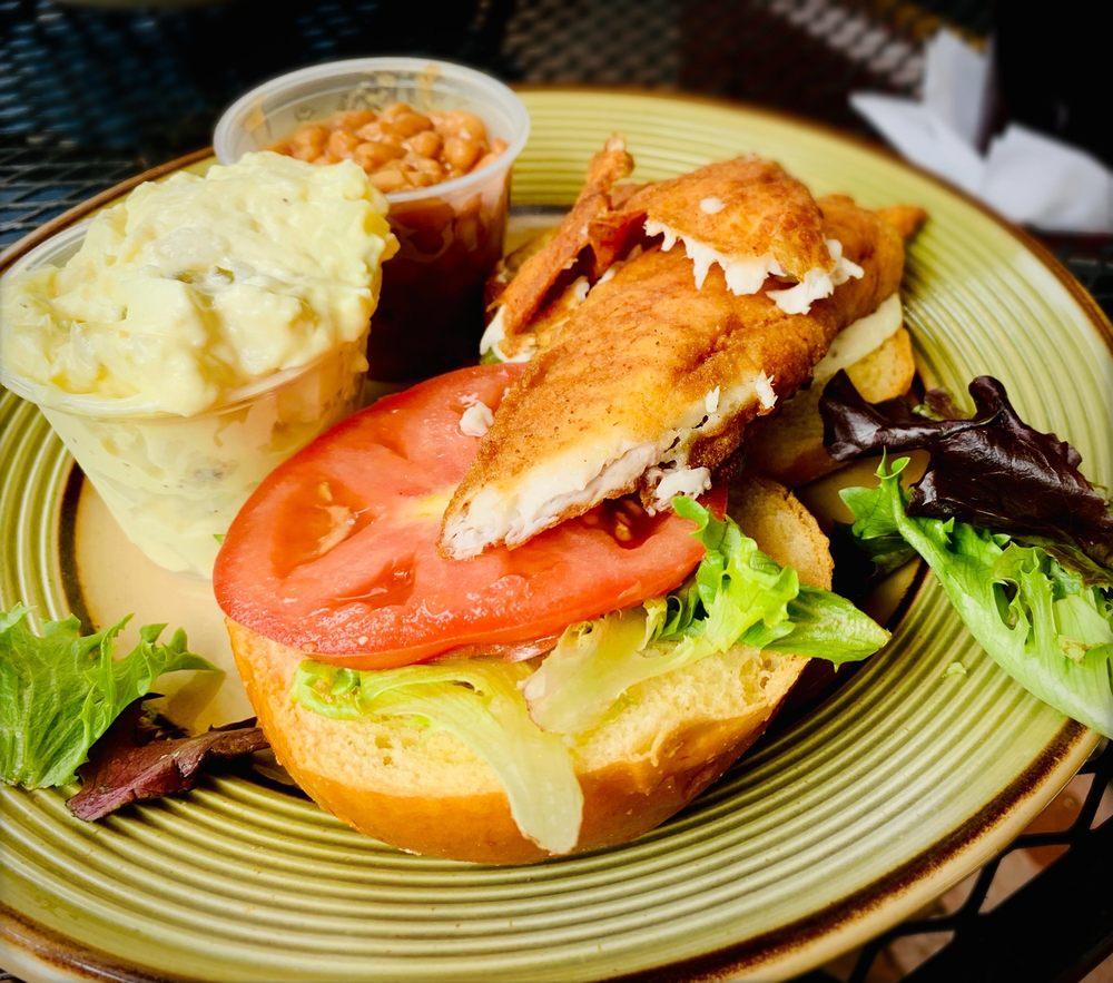 Soul Mountain Restaurant & Bar: 865 John Marshall Hwy, Front Royal, VA