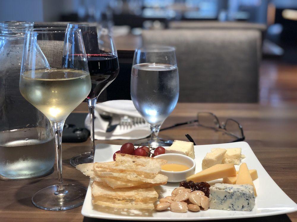34° North Restaurant + Bar: 2440 Lennoxville Rd, Beaufort, NC