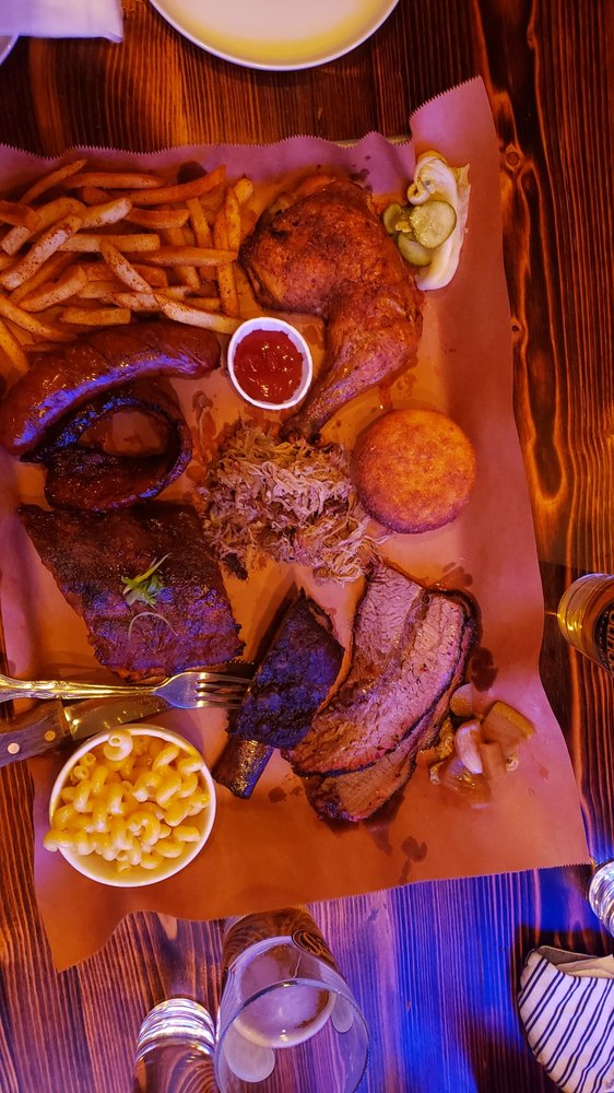 OISO BBQ PIT: 124 Main St, Fort Lee, NJ