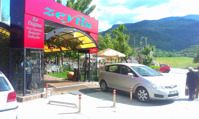 Zeytin Et Restoranı ve Kafe