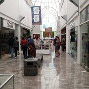 197db243 Interior de Galería del Calzado Foto de Galería del Calzado - Jalisco,  México. Pasillos de la plaza.