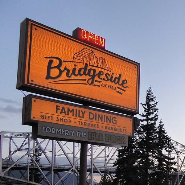 Bridgeside: 745 Wa Na Pa St, Cascade Locks, OR