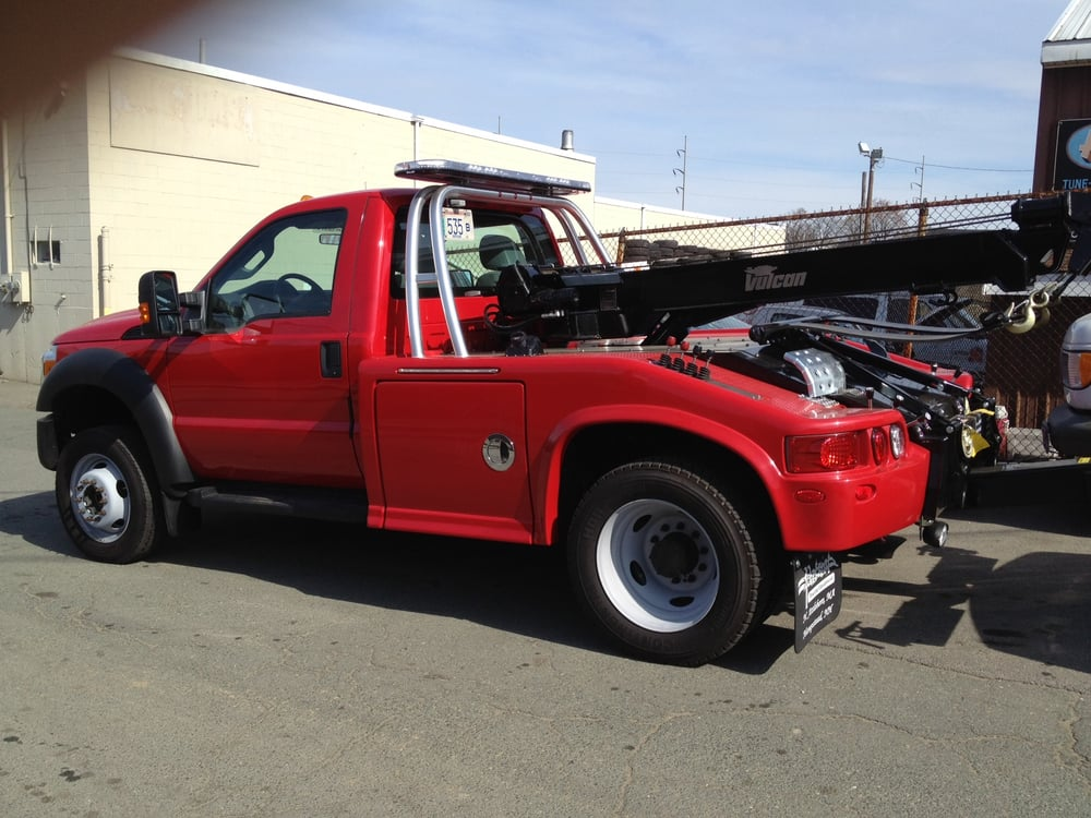 Towing business in Beverly, MA