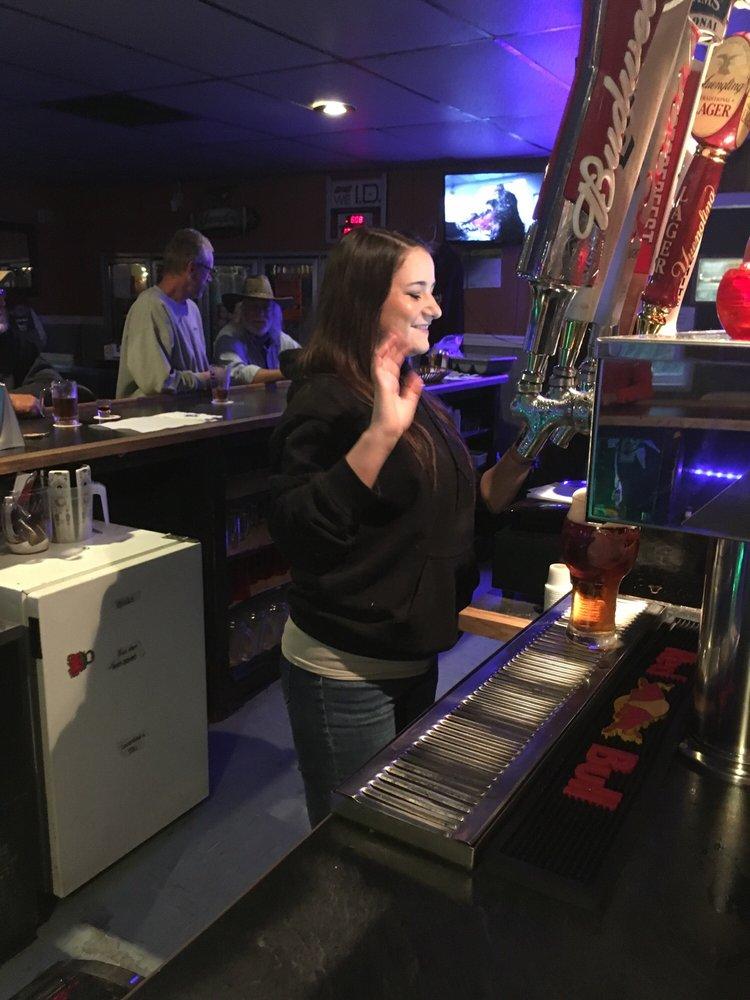 Hammerjax Bar & Grill: 350 Phillips Rd, Clifton, PA