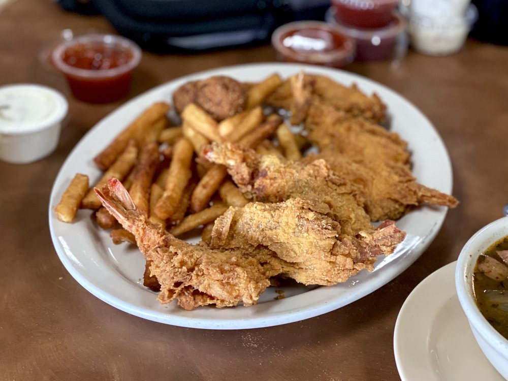 Texas Cajun Cafe: 802 W Interstate 20, Big Spring, TX