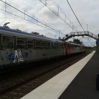 Gare de saint vincent de tyrosse gare 3 rue du bardot for Papeterie saint vincent de tyrosse
