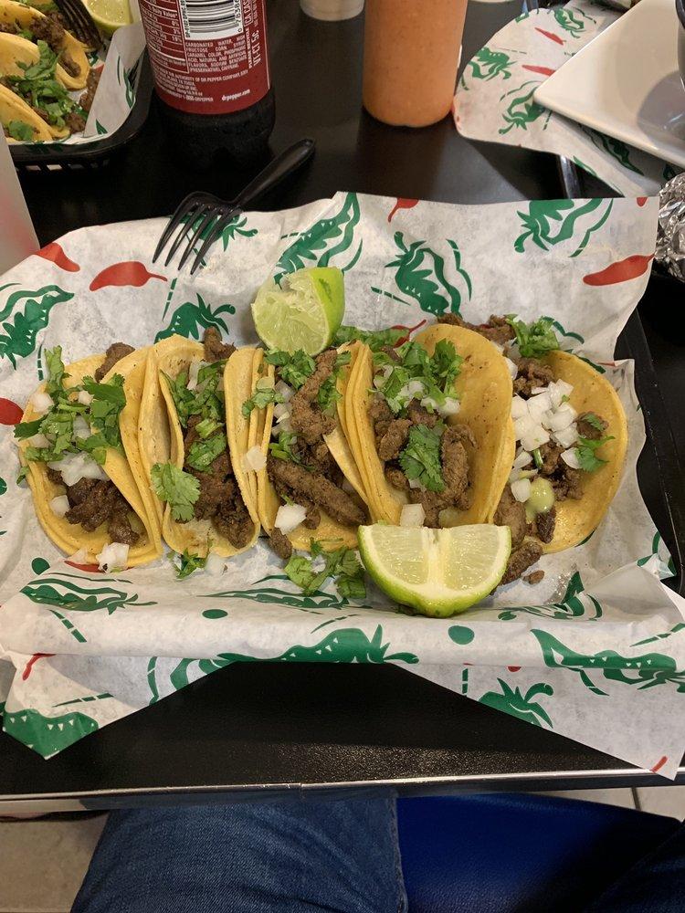 Karlito's Grill: 3806 Avenue I, Rosenberg, TX