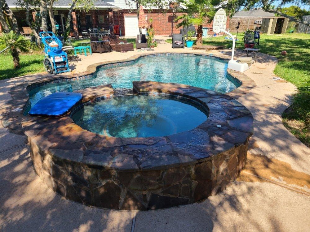 Clinton Pool Services: Corpus Christi, TX