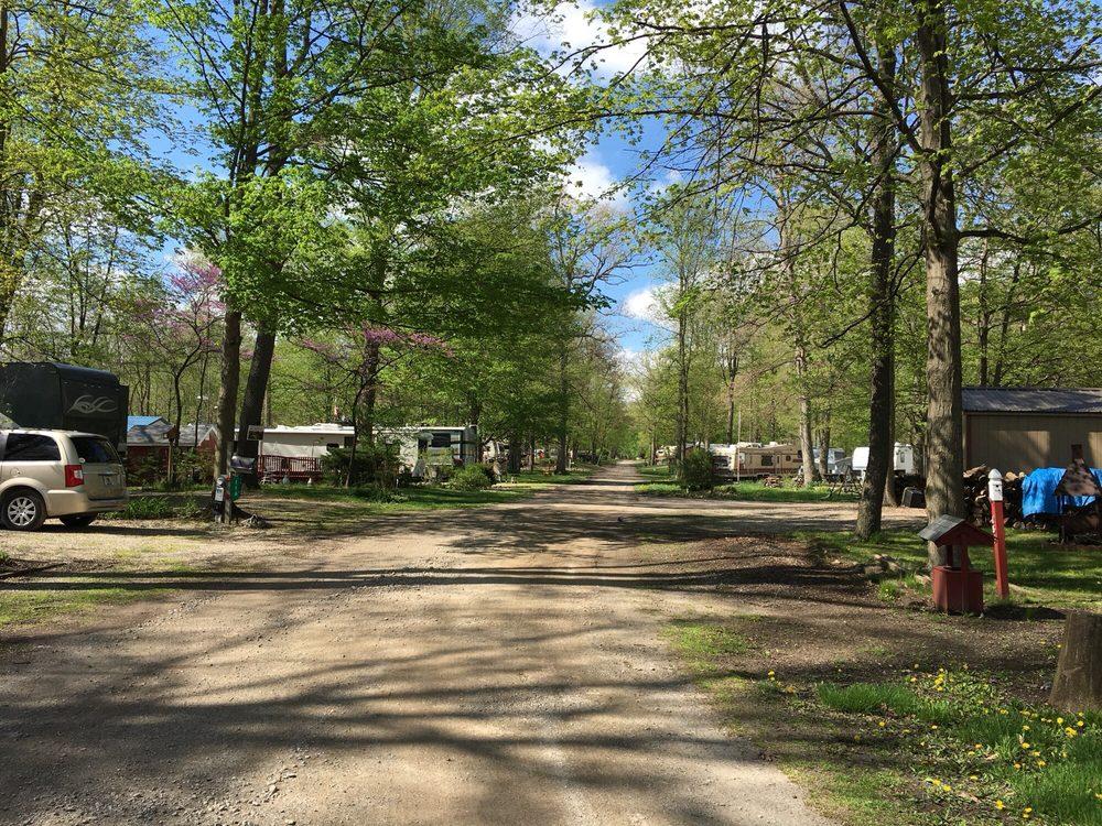Grandview Bend Community Association: 4624 N 100th E, Howe, IN