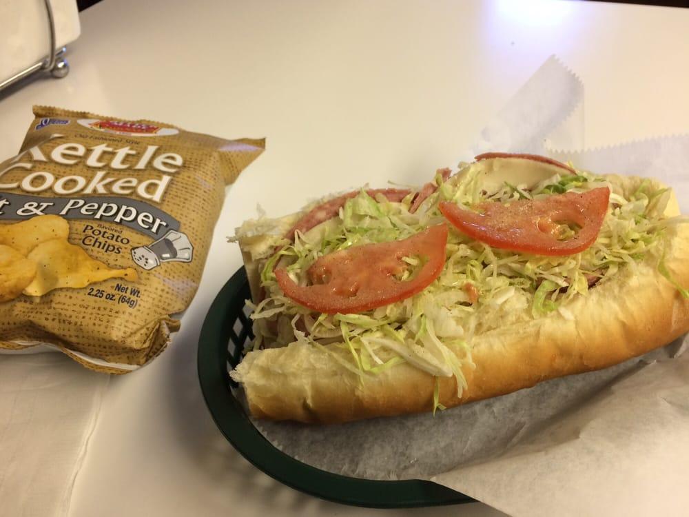 Captain Nemo's Submarine Sandwiches: 144 3rd St, Belleville, MI